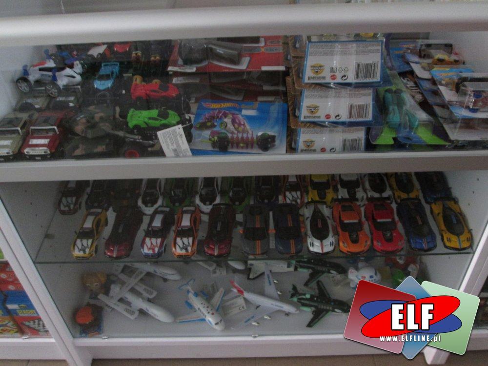 Samochody zabawki, zabawkowe samochody, autka, auta
