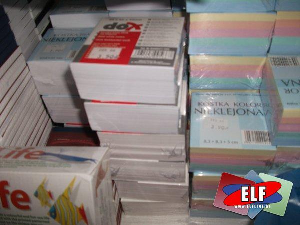 Kostki papierowe, karteczki papierowe, do biura, biurowe, szkolne