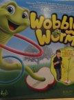 Gra Wobbly Worm, tańczący robaczek, Gry