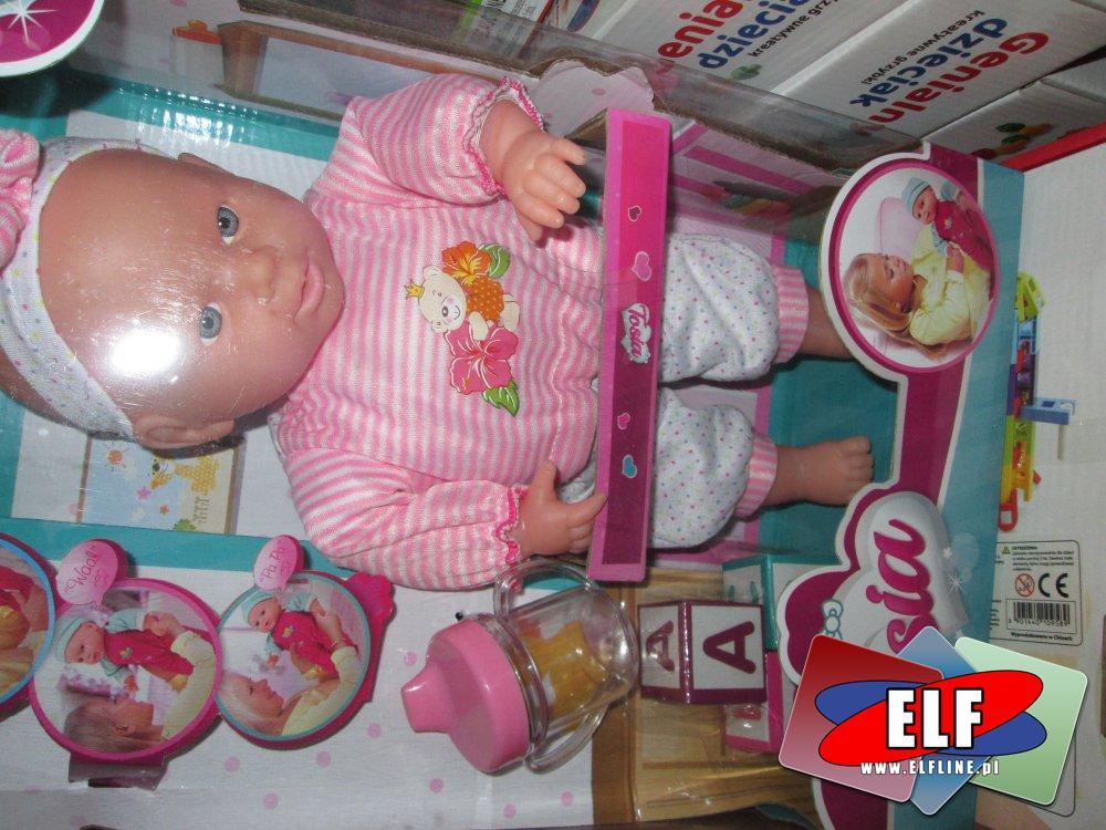 Lalka Tosia, lalki