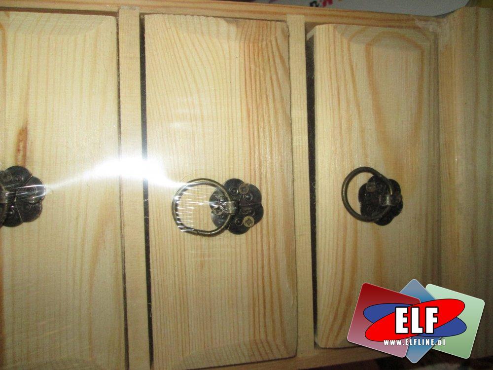 Drewniane szkatułki i inne akcesoria