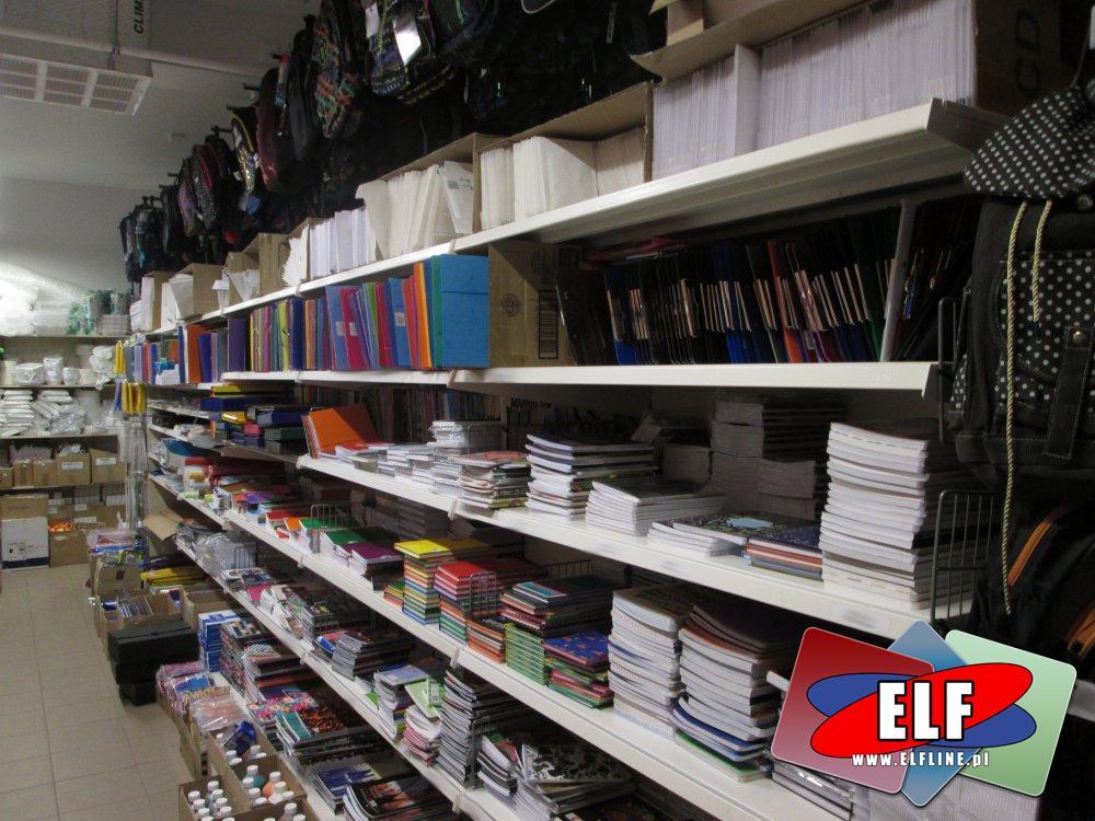 Deski z klipem, Koperty bąbelkowe i zwykłe, zeszyty i inne