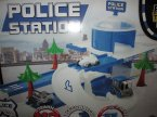 Tor samochodowy centrum policyjne, zabawka, tory samochodowe, samochody, samochodziki, policja, komisariat
