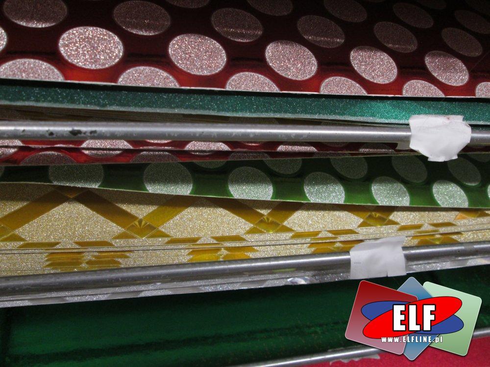 Folia kolorowa, różne kształty i kolory, Folie A3, samoprzylepne, folia samoprzylepna