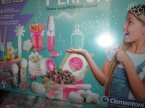 Clementoni, Laboratorium Perfum, Fabryka perfum i pachnących drobiazgów, stwórz swoje pachnące dzieła!, pachnąca zabawka kreatywna, zestawy kreatywne, zestaw kreatywny